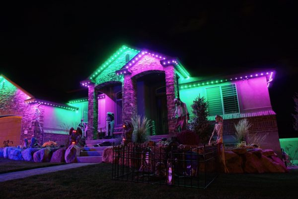 halloween-outdoor-lights